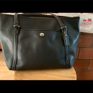 Coach Bags - Coach leather tote
